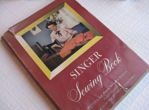 Sewingbooks 002